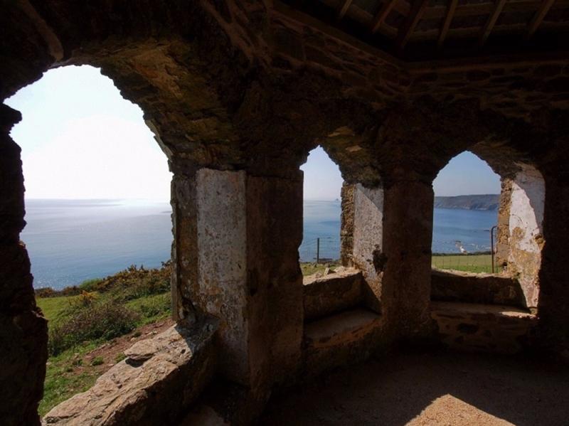 Caerhays Estate - The Coastguard's Lookout