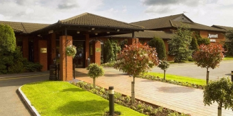 northampton-marriott-hotel-gay-wedding-venue-northampton