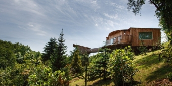 tree-top-escape-gay-friendly-wedding-venue-devon